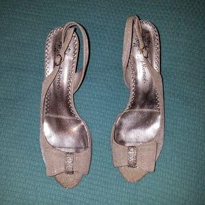 J. Renee, Silver Heels, Size 11